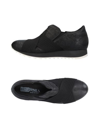 Низкие кеды и кроссовки от ANDÌA FORA