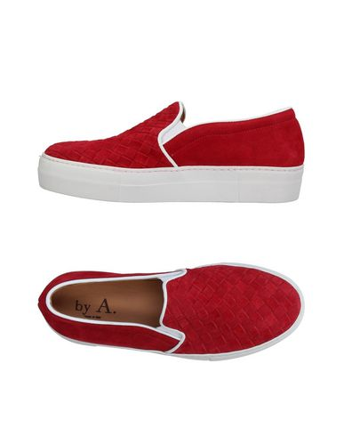 Фото - Низкие кеды и кроссовки от BY A. красного цвета