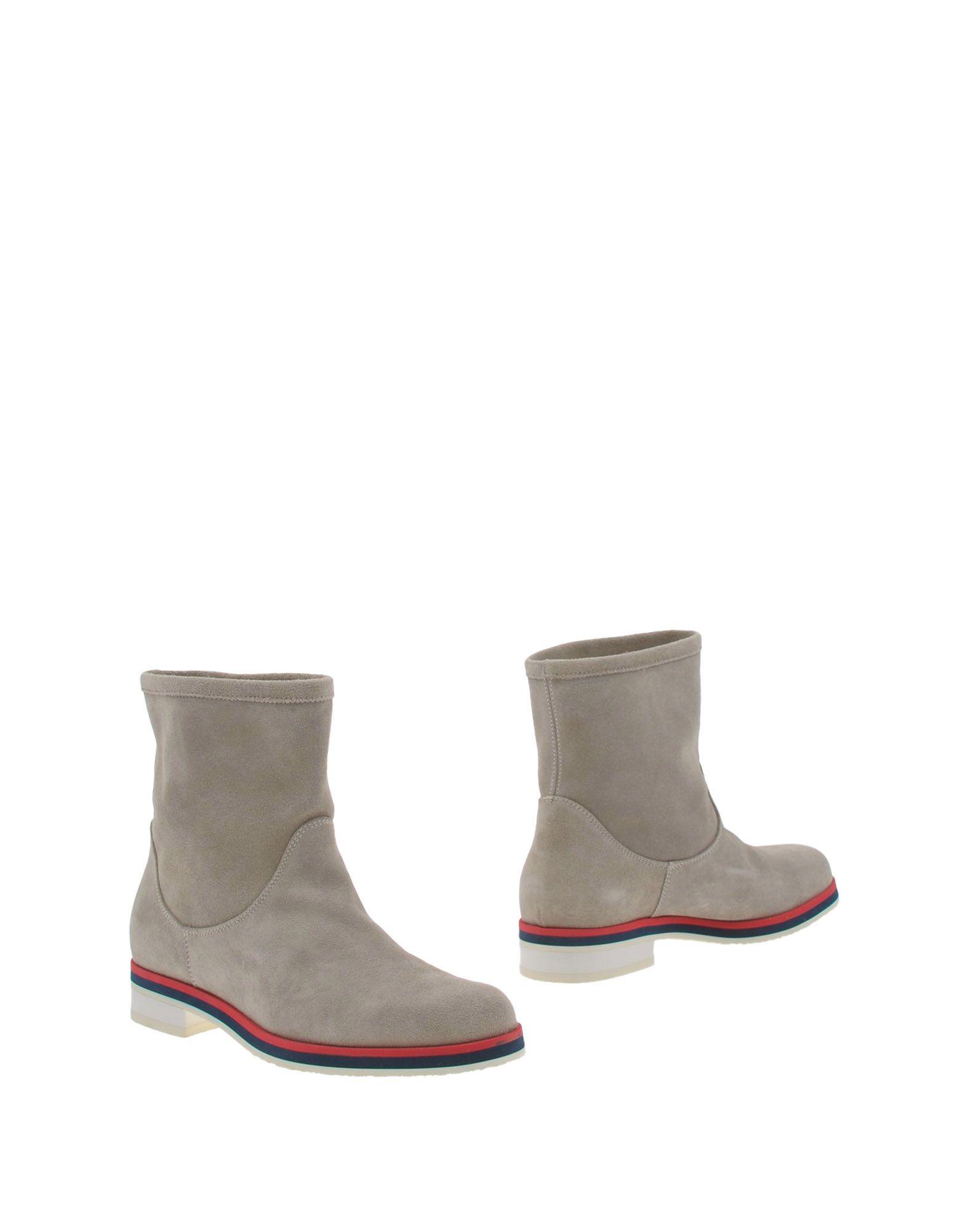 STUDIO POLLINI Полусапоги и высокие ботинки