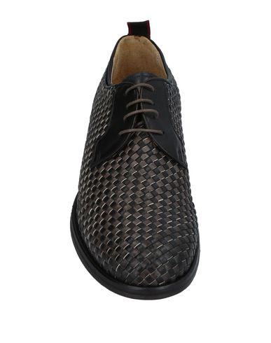 Фото 2 - Обувь на шнурках цвет стальной серый