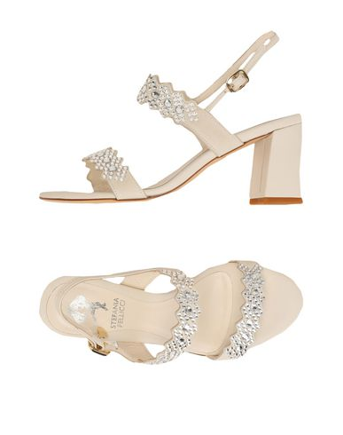 Купить Женские сандали STEFANIA PELLICCI светло-серого цвета