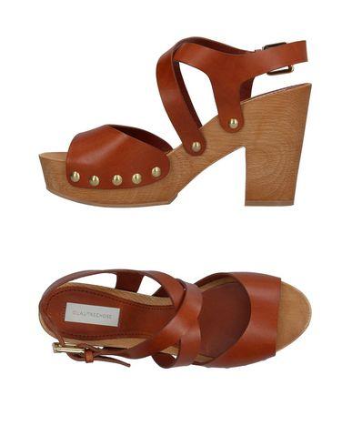 Фото - Женские сандали  желто-коричневого цвета