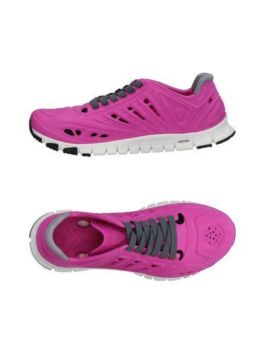 Фото - Низкие кеды и кроссовки от CROSSKIX цвета фуксия