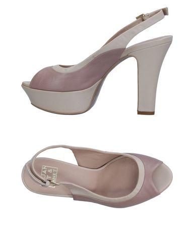Фото - Женские сандали  цвет голубиный серый
