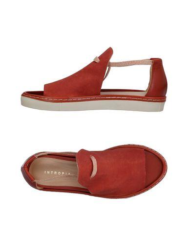 Фото - Женские сандали INTROPIA кирпично-красного цвета