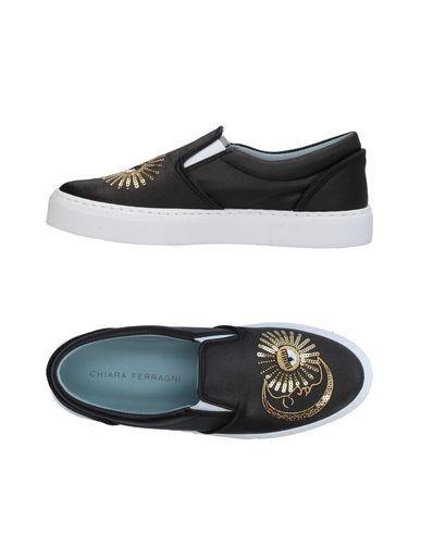 Фото - Низкие кеды и кроссовки от CHIARA FERRAGNI черного цвета