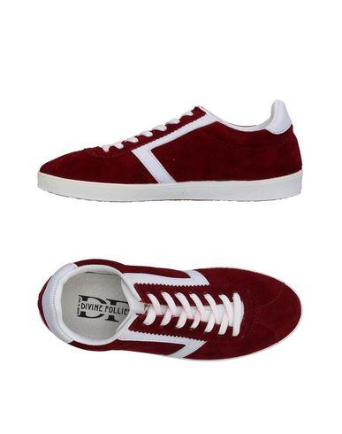 Фото - Низкие кеды и кроссовки от DIVINE FOLLIE красно-коричневого цвета