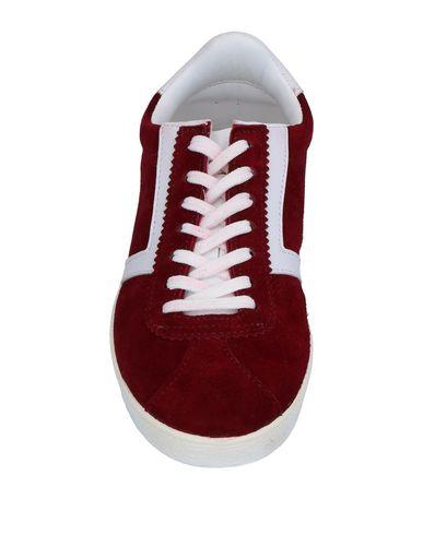 Фото 2 - Низкие кеды и кроссовки от DIVINE FOLLIE красно-коричневого цвета