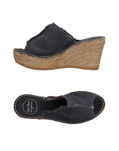 Купить Женские сандали TONI PONS черного цвета
