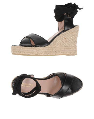 Фото - Женские сандали PAOLO SIMONINI черного цвета