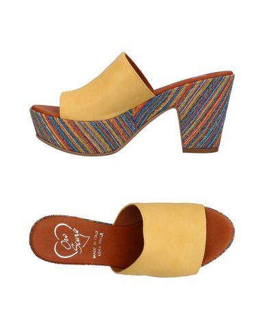 Фото - Женские сандали OROSCURO желтого цвета