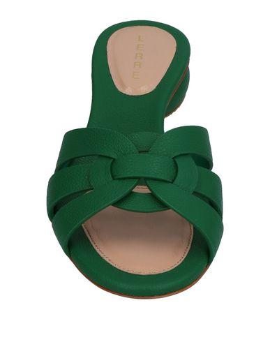 Фото 2 - Женские сандали LERRE зеленого цвета