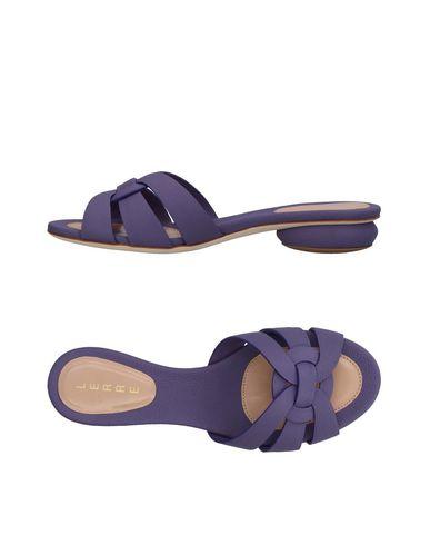 Фото - Женские сандали LERRE фиолетового цвета