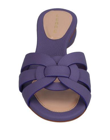 Фото 2 - Женские сандали LERRE фиолетового цвета