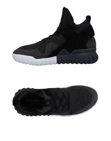 Купить Высокие кеды и кроссовки свинцово-серого цвета