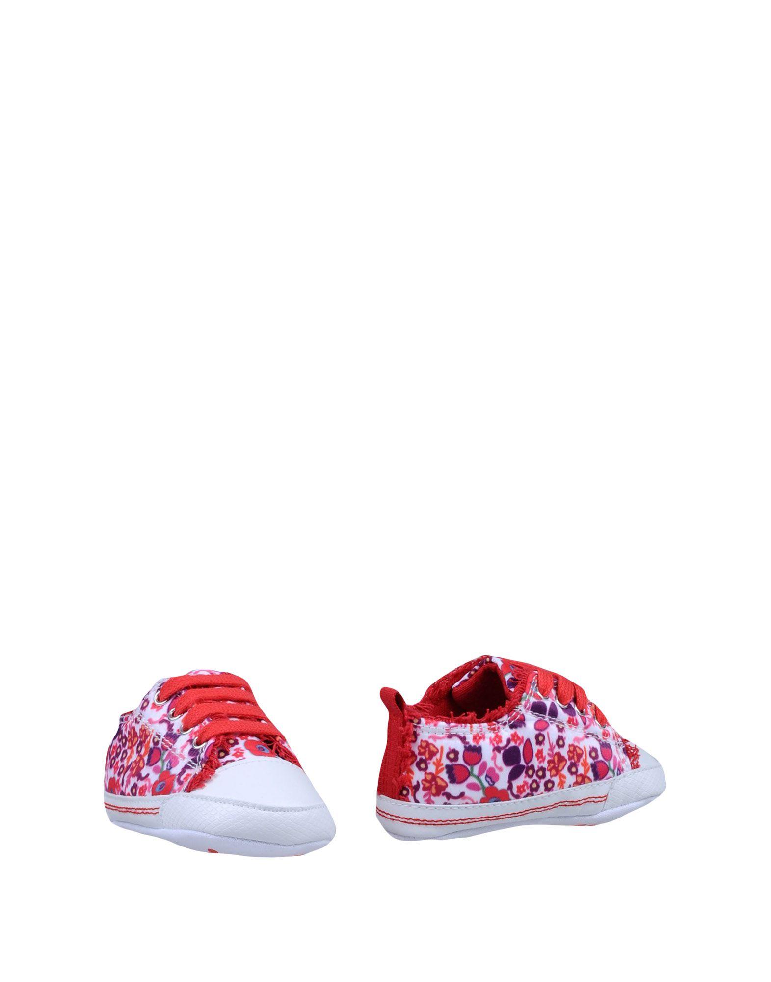 цена SUPERGA Обувь для новорожденных онлайн в 2017 году