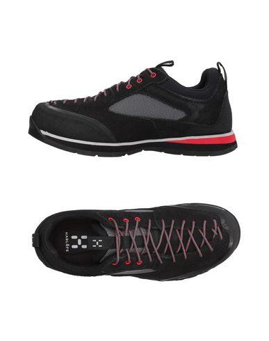 Купить Низкие кеды и кроссовки от HAGLÖFS черного цвета