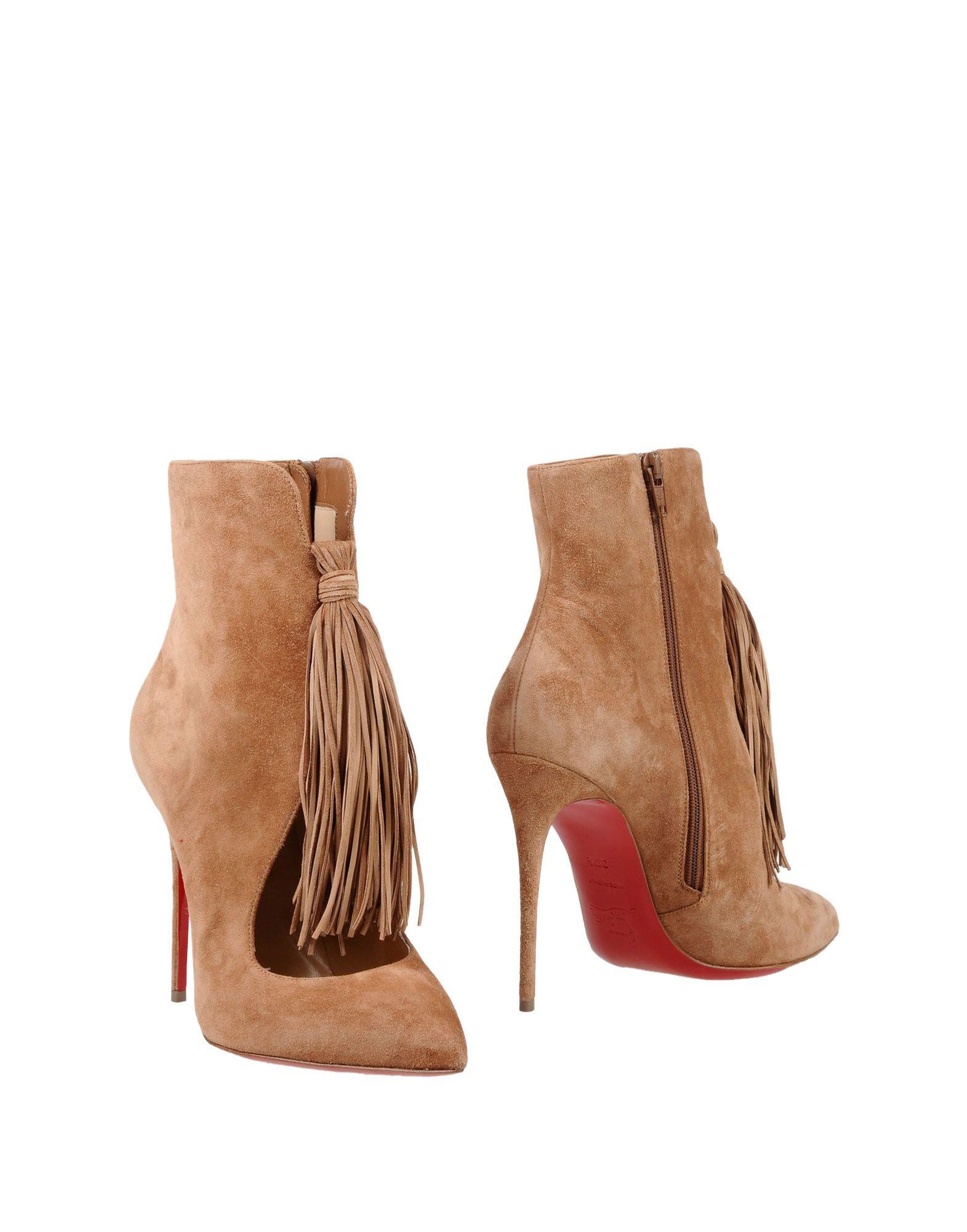 цена CHRISTIAN LOUBOUTIN Полусапоги и высокие ботинки онлайн в 2017 году
