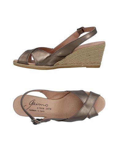 Фото - Женские сандали GAIMO свинцово-серого цвета