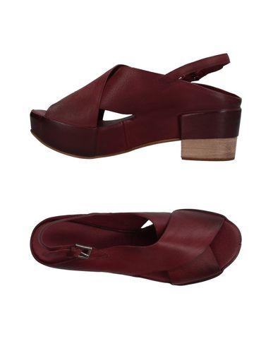 Фото - Женские сандали  красно-коричневого цвета