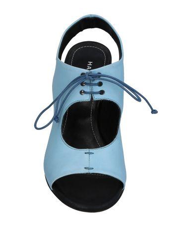 Фото 2 - Женские сандали HALMANERA небесно-голубого цвета