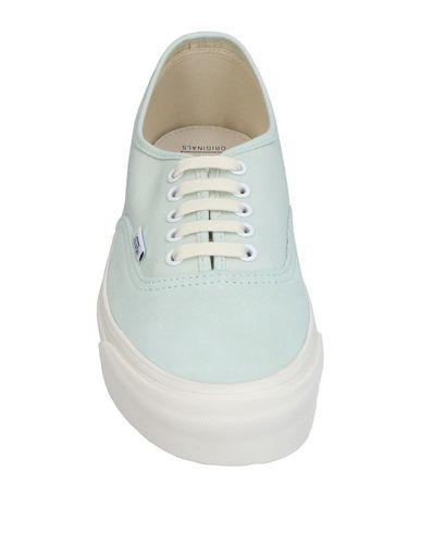 Фото 2 - Низкие кеды и кроссовки небесно-голубого цвета