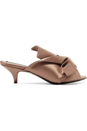 N° 21 Knotted satin mules