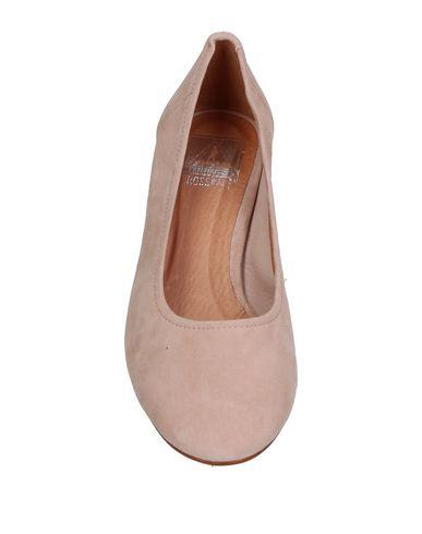 Фото 2 - Женские туфли CROSS WALK розового цвета