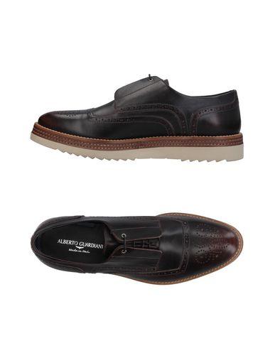 Фото - Обувь на шнурках темно-коричневого цвета