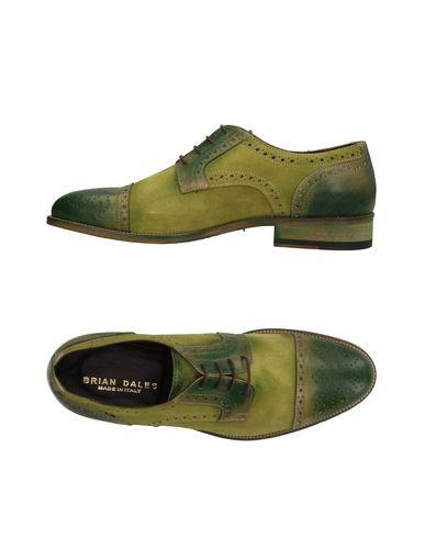 Фото - Обувь на шнурках от BRIAN DALES зеленого цвета