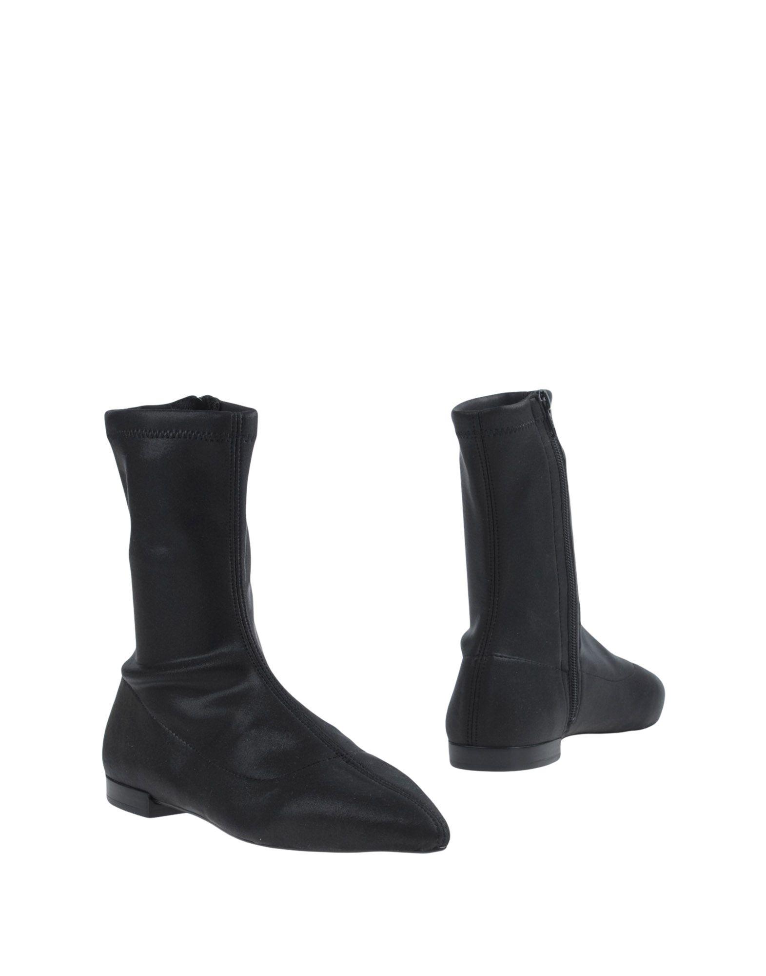 STIÙ Полусапоги и высокие ботинки ботинки xti ботинки без каблука