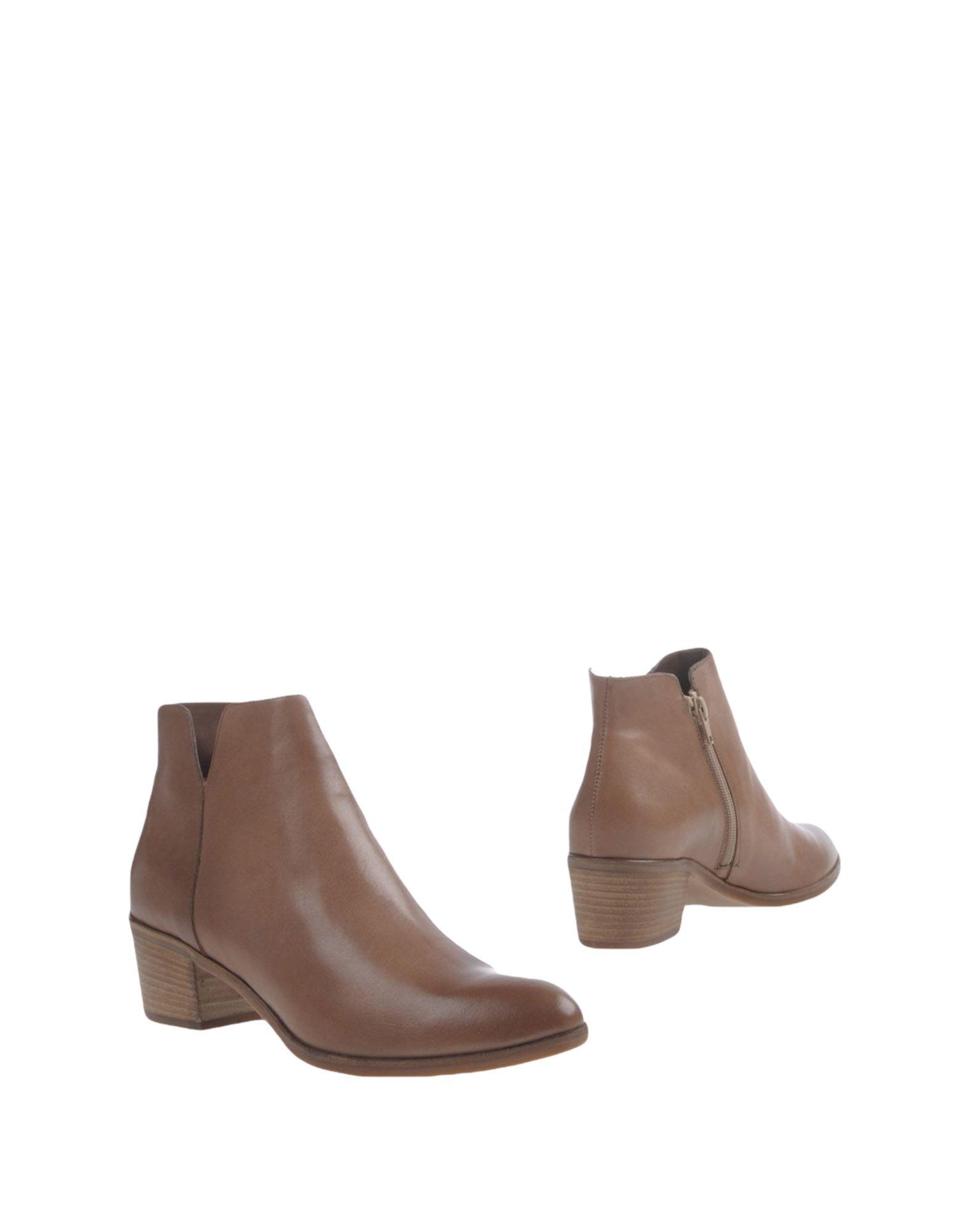 UBI MAJOR Полусапоги и высокие ботинки цены онлайн