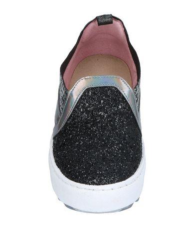 Фото 2 - Низкие кеды и кроссовки от FIORI DI PICCHE черного цвета