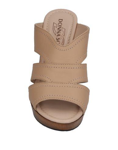Фото 2 - Женские сандали DONNA SOFT бежевого цвета