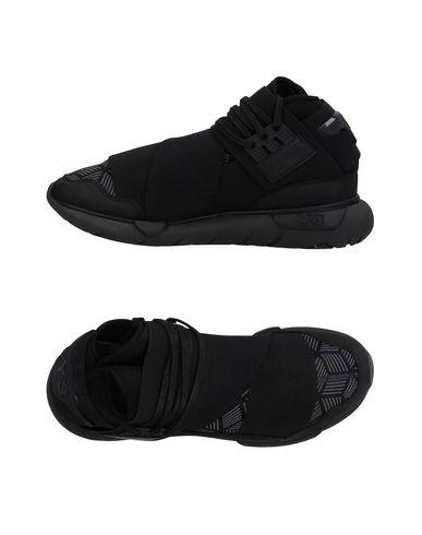 Фото - Высокие кеды и кроссовки от Y-3 черного цвета