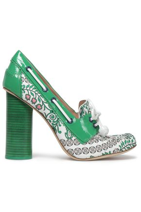 TORY BURCH Patent leather-trimmed printed leather pumps