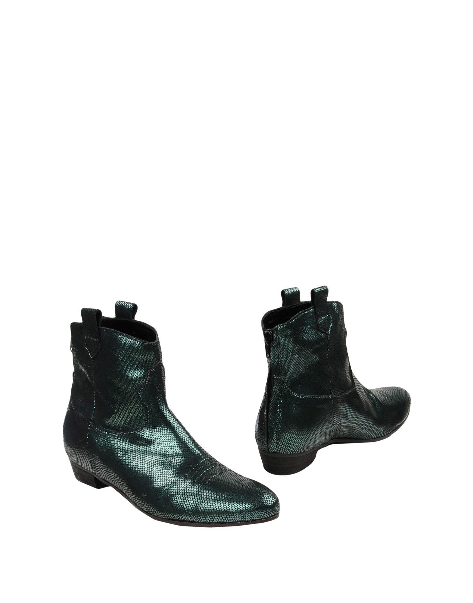 STEPHEN GOOD London Полусапоги и высокие ботинки stephen sills decoration