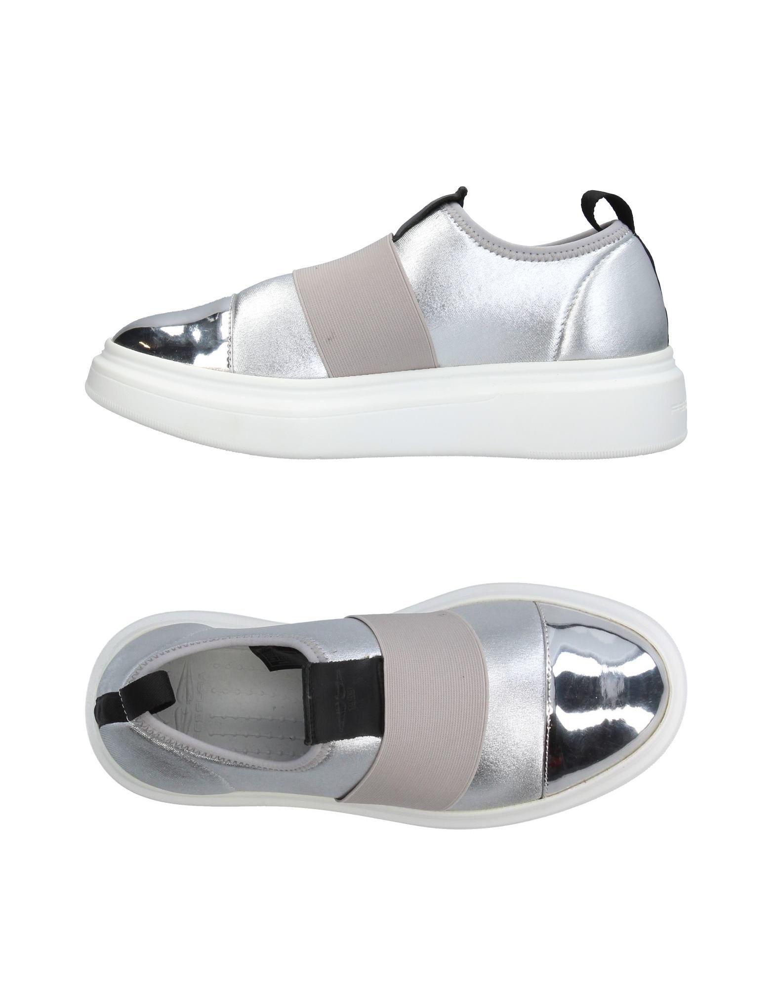 купить FESSURA Низкие кеды и кроссовки дешево