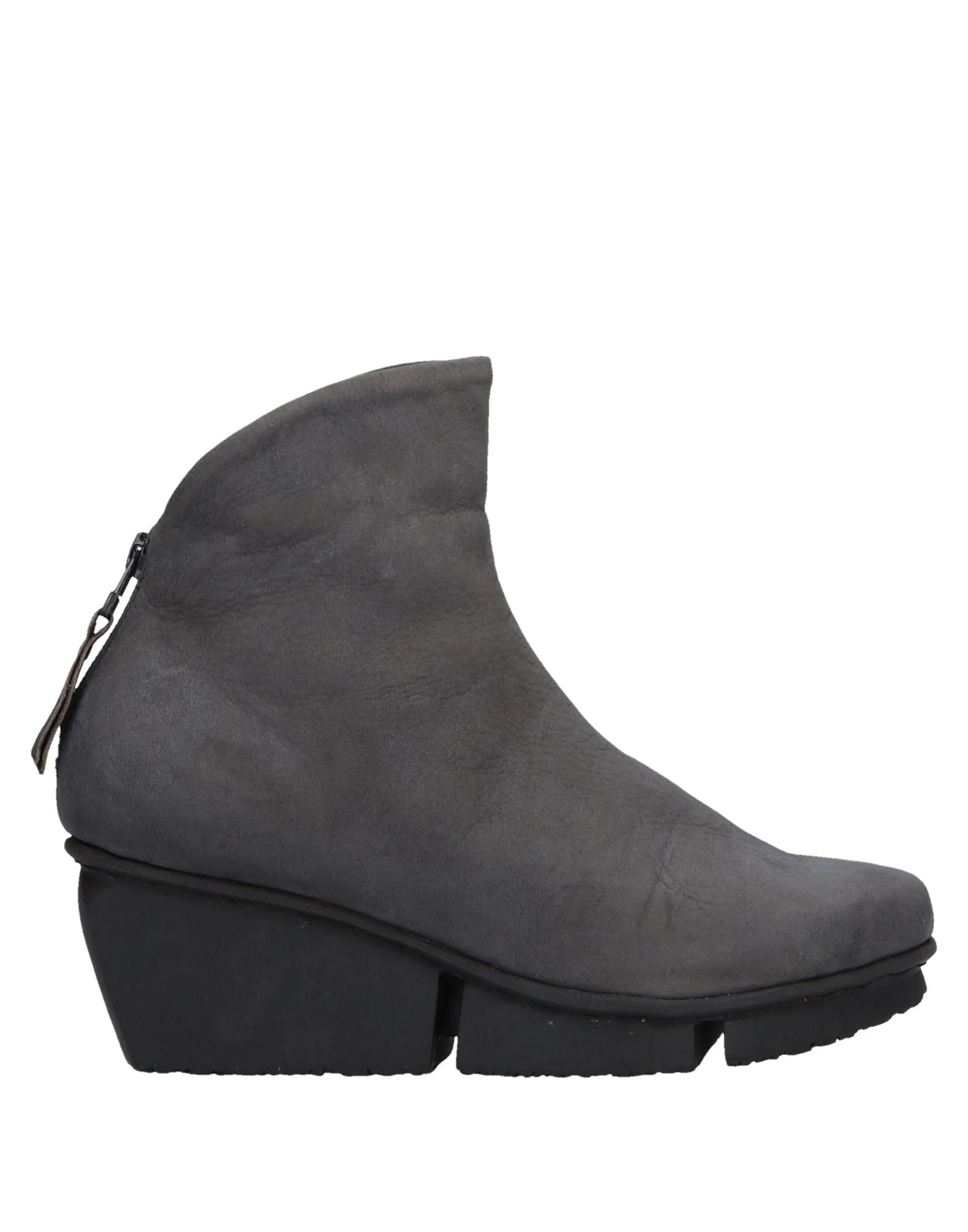 TRIPPEN Ankle Boots in Grey