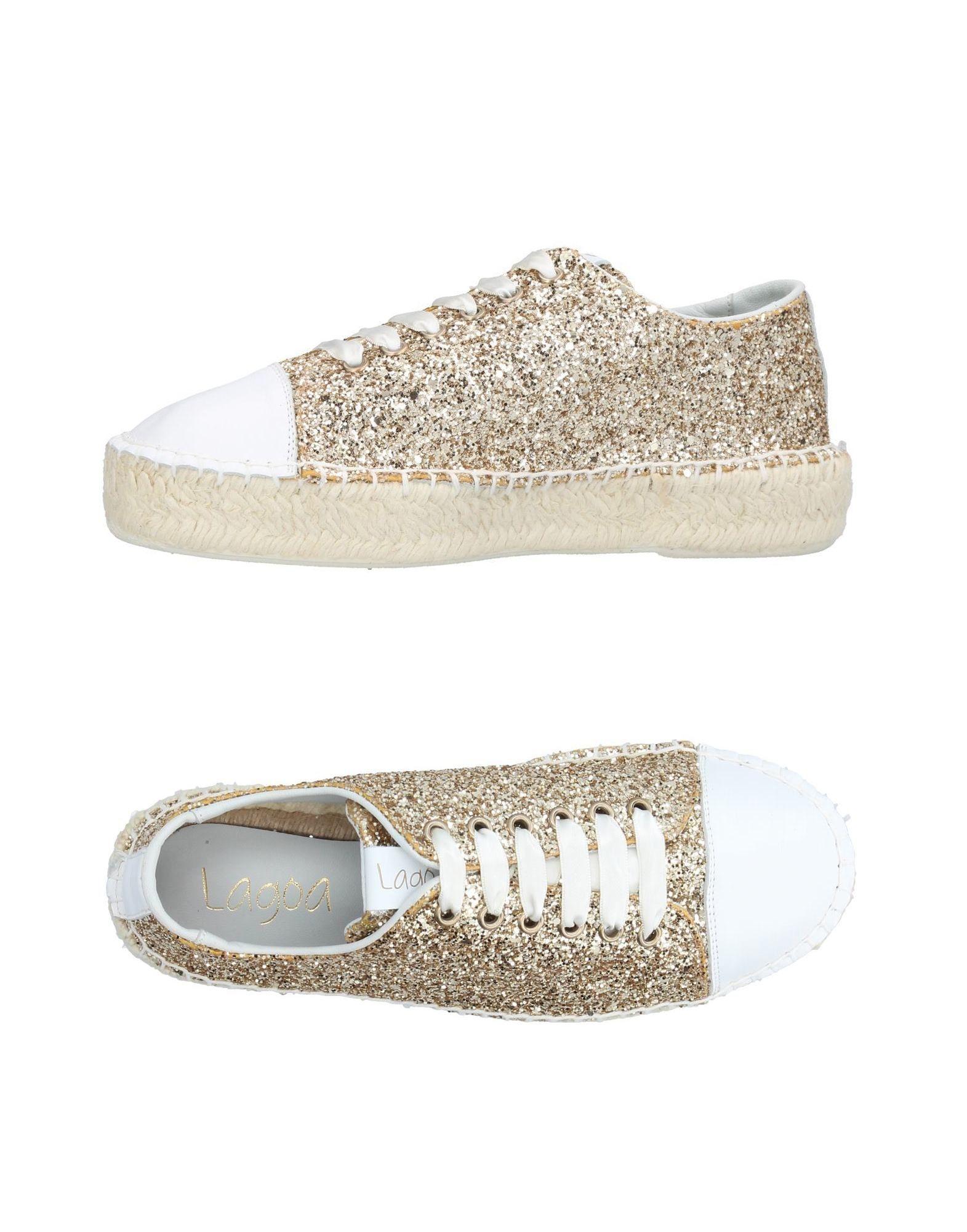 LAGOA Sneakers in Gold