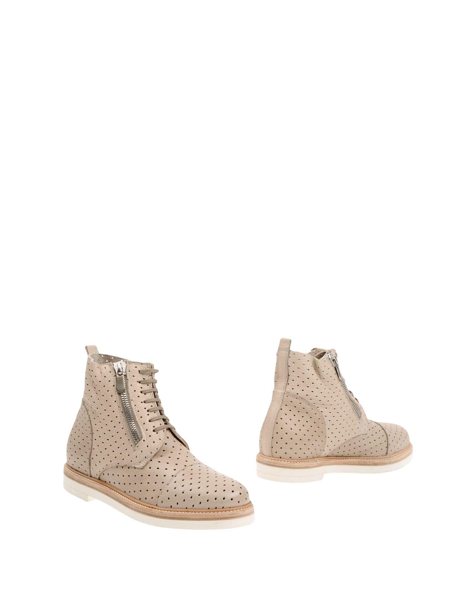 купить ROCCO P. Полусапоги и высокие ботинки дешево