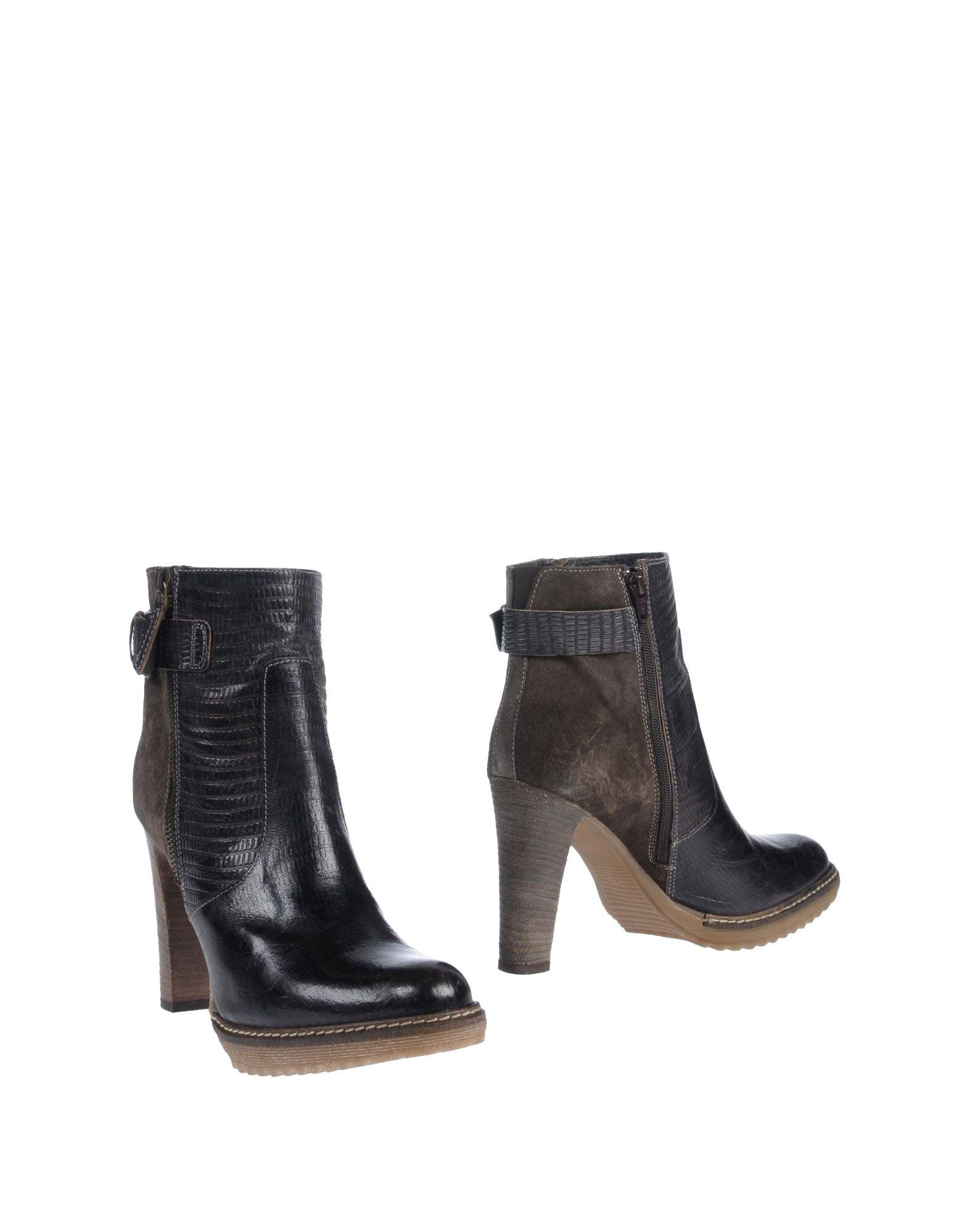 KONSTANTIN STARKE Полусапоги и высокие ботинки