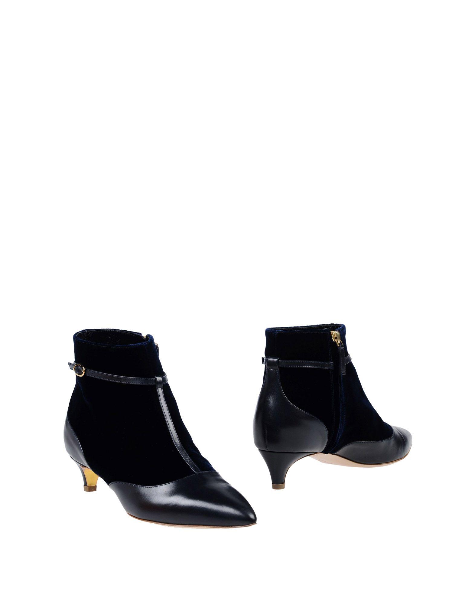 цена RUPERT SANDERSON Полусапоги и высокие ботинки онлайн в 2017 году