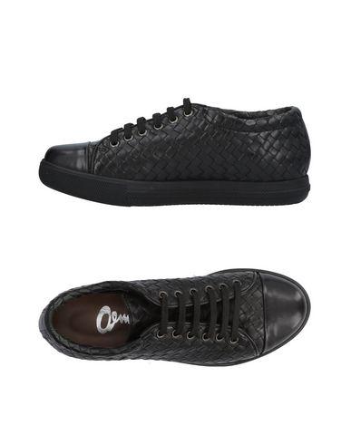 Низкие кеды и кроссовки от AMR AEMMERRE