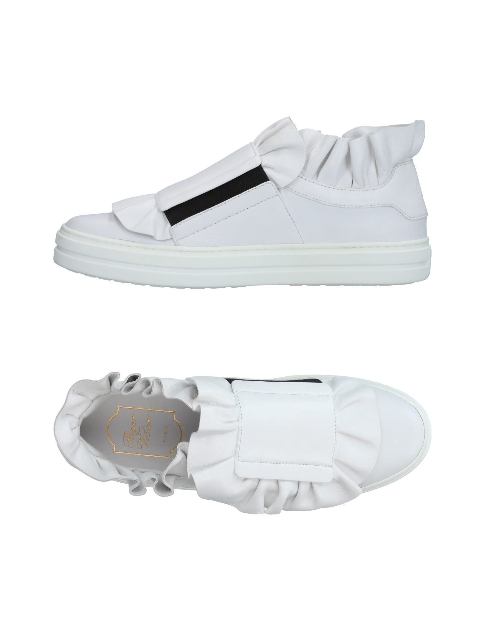 ROGER VIVIER Sneakers. no appliqués, solid color, zip, round toeline, flat, leather lining, rubber cleated sole, contains non-textile parts of animal origin. Soft Leather