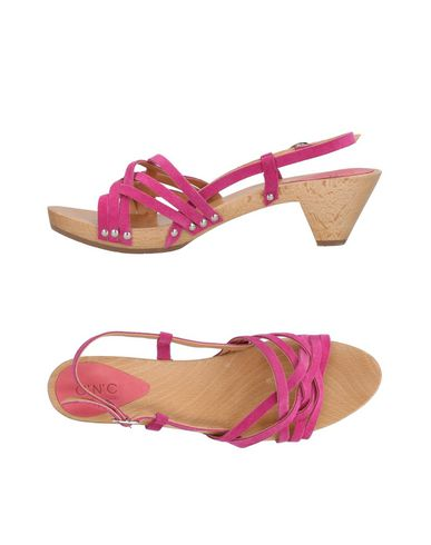 zapatillas C N C COSTUME NATIONAL Sandalias mujer