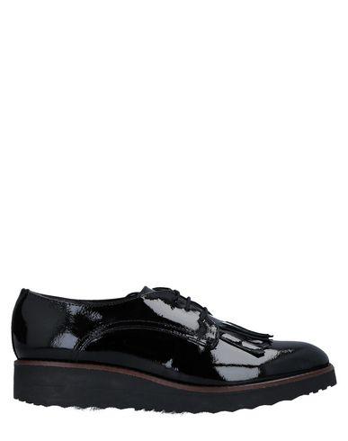 Обувь на шнурках от EYE