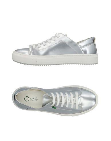 Низкие кеды и кроссовки от (ETHIC)