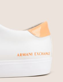 ARMANI EXCHANGE PATENT-DETAIL COLORBLOCKED LOW-TOP Sneaker Woman a