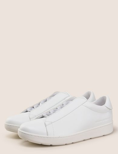 HIDDEN LACE LOW-TOP SNEAKER